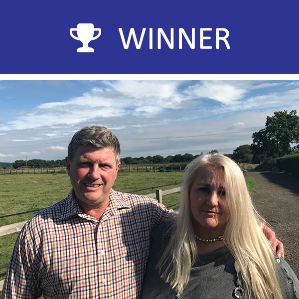 2017 winner Adam and Lisa-Jayne